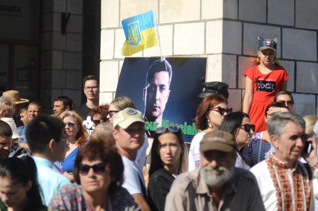 День Независимости в Киеве для некоторых закончился печально: во время выступления Зеленского задержаны трое дурачков, что творили недалекие