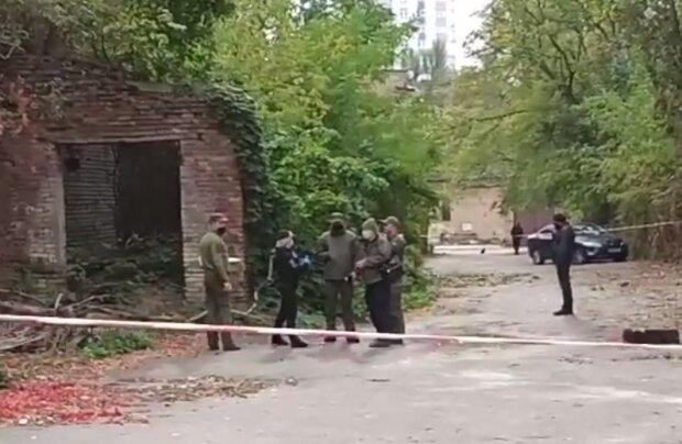 У Києві бійця Нацгвардії знайшли в зашморгу