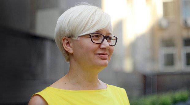 Скандальная телеведущая разнесла в пух и прах Ларису Ницой: паразитирует на украинском языке