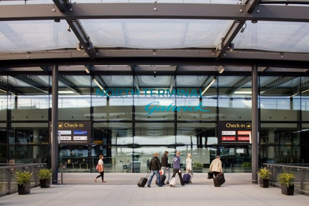 Никто никуда не полетит: столичный аэропорт прекратил работу из-за появления беспилотников
