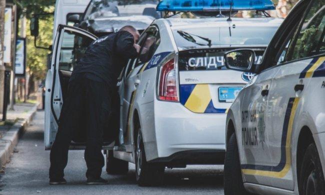 """""""Героїня парковки"""" на рівному місці спричинила масову ДТП: на відео потрапила найдивніша аварія Києва"""