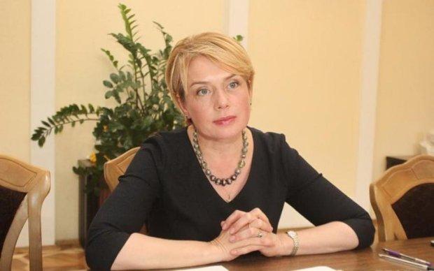 Борола Гриневич коррупцию: в школах запретили создавать родительские комитеты