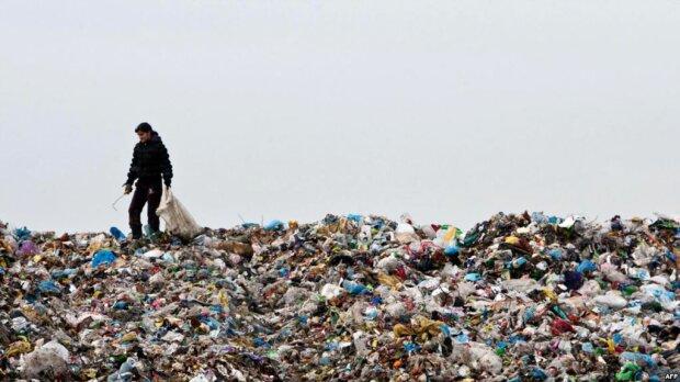 Украина вошла в топ-10 мирового рейтинга: неоднозначное лидерство по количеству мусора на душу населения