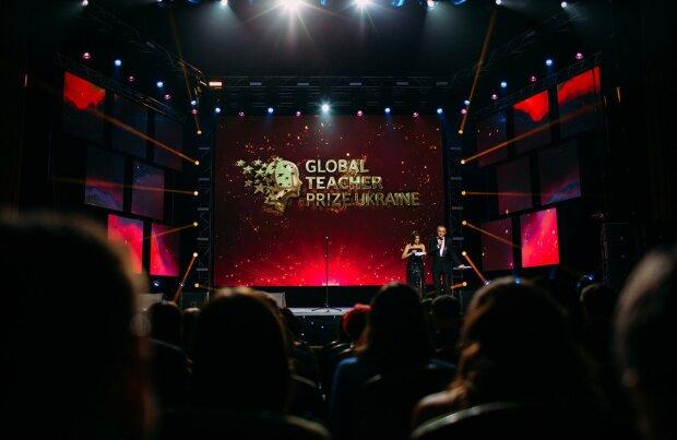 Вчителька зі Львова отримала престижну премію від Microsoft: навчає за допомогою комп'ютерних ігор