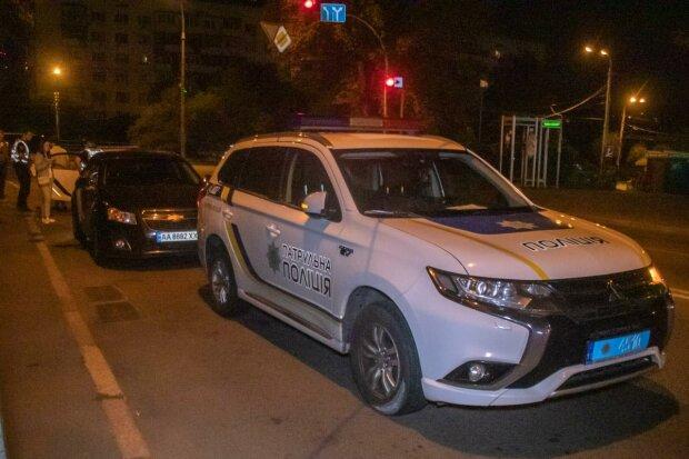 Во Львове коп влетел в двух женщин, медики собирают по частям: что будет с оборотнем в погонах