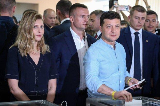 """Команда Зеленского объявила новые досрочные выборы: """"Не расслабляйтесь"""""""