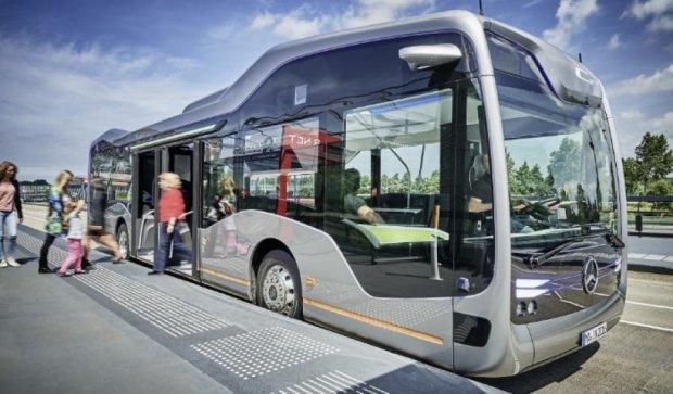 Mercedes-Benz презентовал автобус будущего