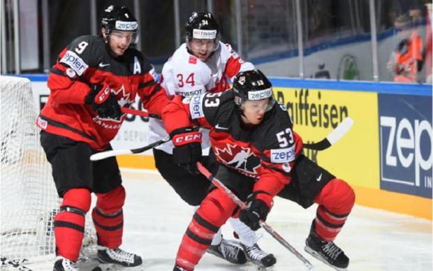 ЧС-2017 з хокею: Німеччина обіграла Італію, Швейцарія завдала поразки Канаді