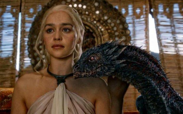 Вы прозреете: стало известно, кто озвучил дракона в Игре престолов