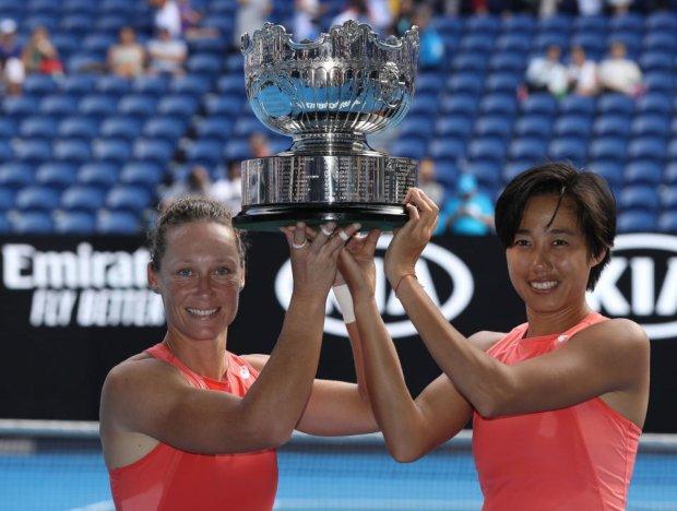 Визначилися перші чемпіони Australian Open