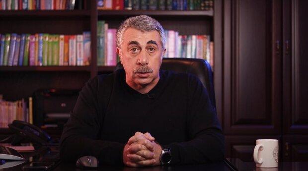 Комаровский заявил, что не власть должна рассказывать о карантине выходного дня: между украинцами война