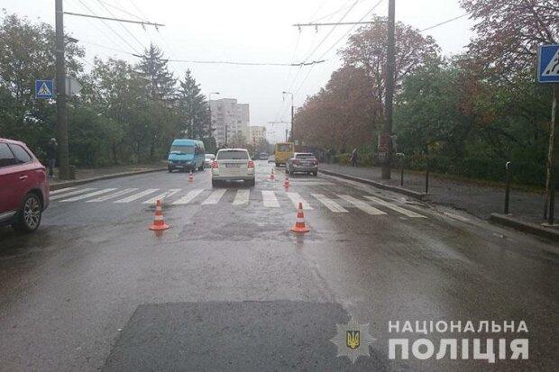 В Тернополе легковушка снесла девочку по дороге в школу - тормоза завизжали, как в фильму ужасов