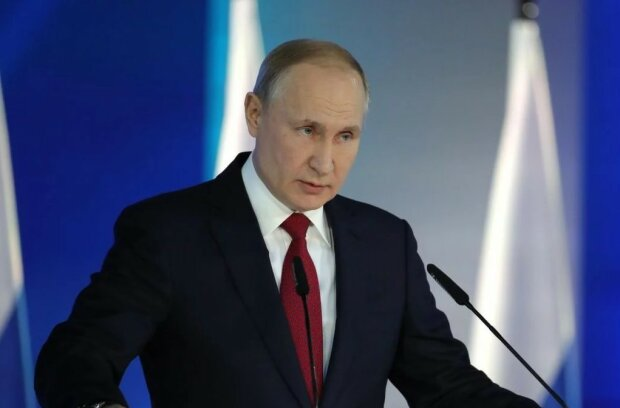 У Росії вже канонізували Путіна: ікони продаються на кожному кроці