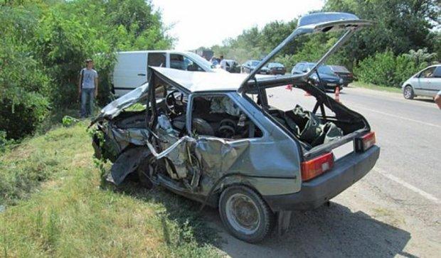 ДТП на Запоріжжі: одна людина загинула, семеро постраждали (фото)
