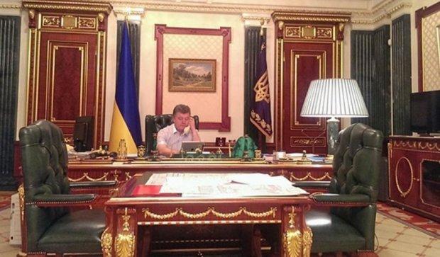 Зазирнути в кабінет: 10  резиденцій президентів світу (фото)