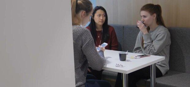 Люди, фото: скріншот з відео