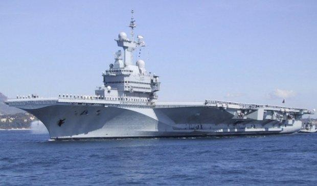 Франция отправляет боевые корабли на борьбу с ИГИЛ