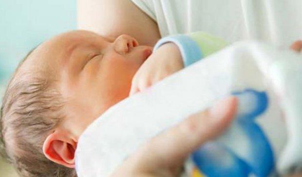 Безхатько на смітнику Слов'янська знайшов новонароджену дитину