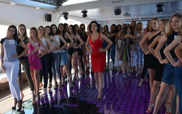 """Горячие тела нереальных красоток и Даша Астафьева: как прошел кастинг на """"Мисс Украина Вселенная"""""""