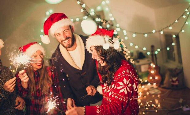 Смс привітання на Новий рік: найкращі привітання для веселої компанії