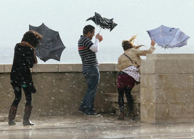 Погода на 19 листопада налякає українців, теплі деньки закінчилися