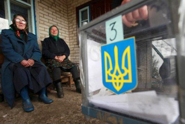 Выборы в Раду: мажоритарщики из партий Порошенко и Бойко грустно смотрят в спину Зеленскому, полный рейтинг по областям