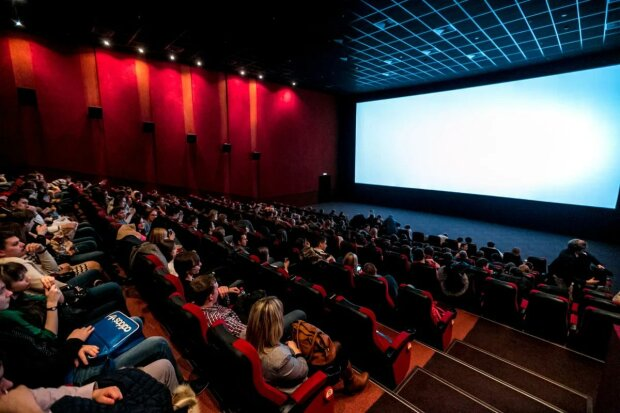 """""""Апполон 11"""" і """"Хранителі"""": президент поділився списком своїх улюблених фільмів 2019 року"""