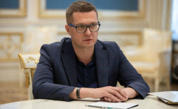 Старі кадри Грицака розгорнули інформкампанію проти Баканова, – політологи
