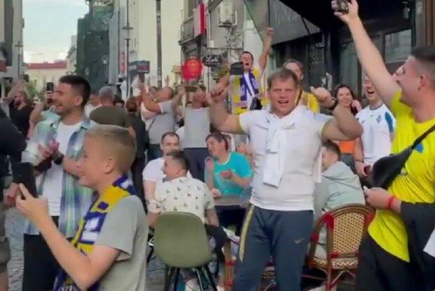 Пісня про Путіна перед грою Україна-Австрія, скріншот: Instagram