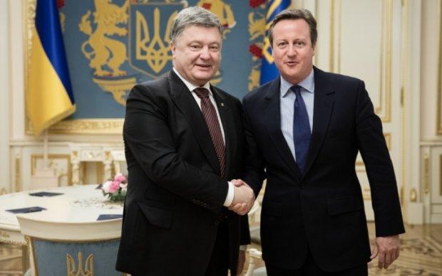 Порошенко и Кэмерон согласовали санкции против России