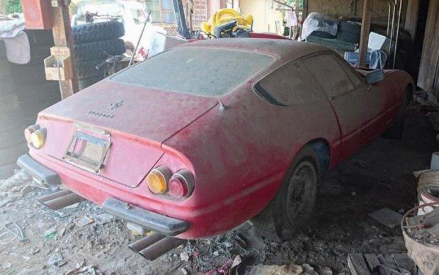 Полвека в гараже: уникальный Ferrari ищет нового владельца