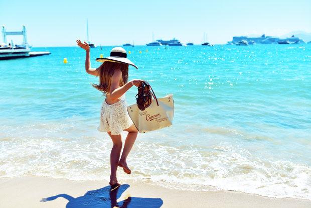 Украинцам могут продлить ежегодный отпуск: сколько будем греться на солнышке