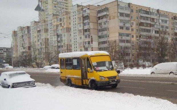 Вистачило на три дні: киян недовго тішили безкоштовним автобусом
