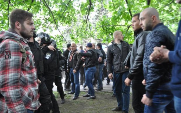 Названы организаторы бойни в Днепре 9 мая