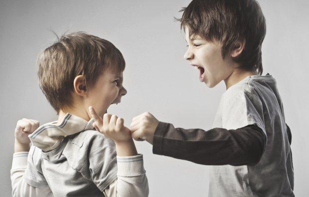 Медики: мозговые волны делают детей злее