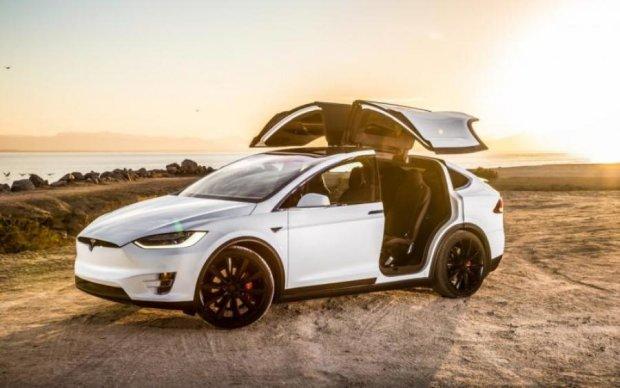 Кардинальное преображение: Tesla упаковали для бездорожья