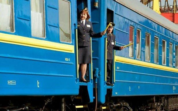 Укрзалізниця почне годувати пасажирів нічних поїздів, але не все так просто
