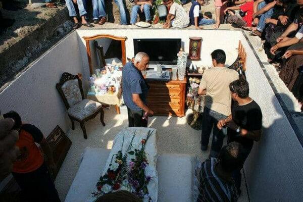Похорони барона, фото з соцмереж