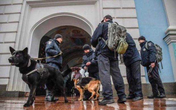 Паника и массовая эвакуация: заминирование бизнес-центров поставило на уши весь Львов