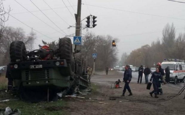 Грузовик с украинскими военными попал в ужасную аварию, есть жертвы