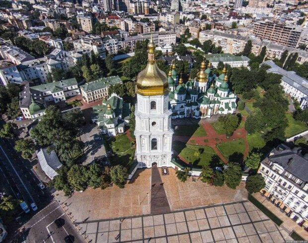 """Археологи зробили епохальне відкриття в центрі Києва: """"Навіть не здогадувалися..."""""""