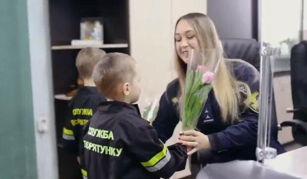 Маленькие спасатели, скриншот видео
