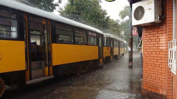 В Днепр надвигается буря и затяжные дожди - стихия готовит коварный удар в последнюю неделю мая