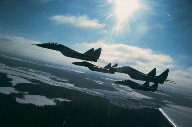 Винищувачі НАТО перехопили 7 російських літаків  над Балтикою
