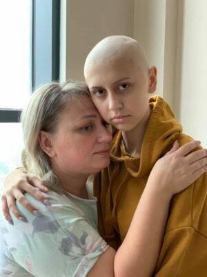 Діана Деркач з мамою, фото: Прикарпаття Online