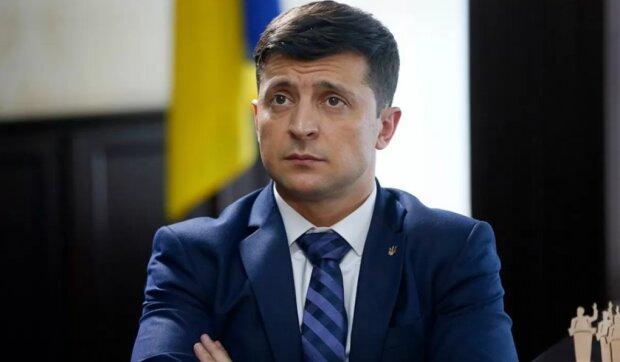 """У Зеленського пояснили, чому офіс президента залишиться на Банковій: """"У нас була дуже хороша схема…"""""""