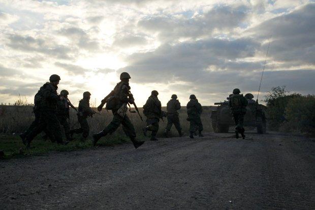 """Земля палає під ногами, бойовики """"ДНР"""" на кожному кроці: названо найгарячіші точки Донбасу"""