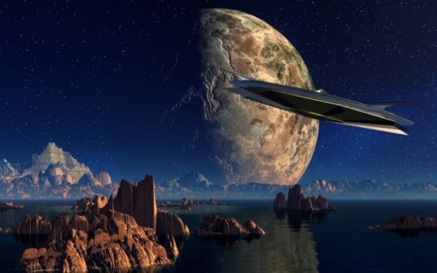 Астроном заснял ползущего по Луне НЛО