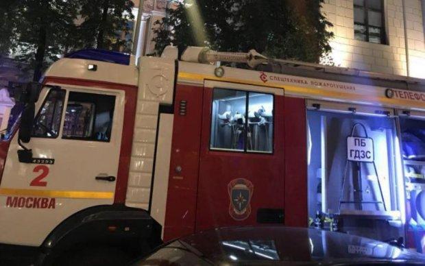 В Москві палає Центробанк: пожежники не можуть впоратись
