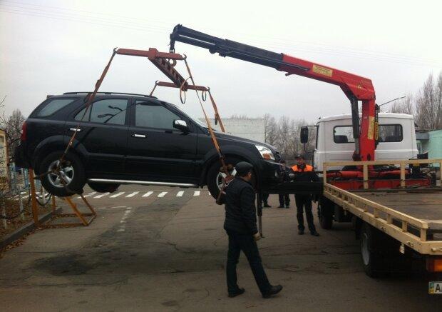 В каких случаях в Украине могут забрать авто на штрафплощадку